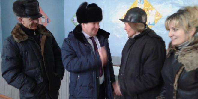 Фоторепортаж. Встреча Администрации Поспелихинского района с жителями села Поломошное