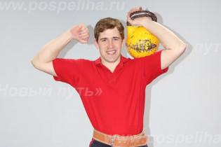 Поспелихинский «силач» Семен Платонов завоевал очередную медаль на российских соревнованиях