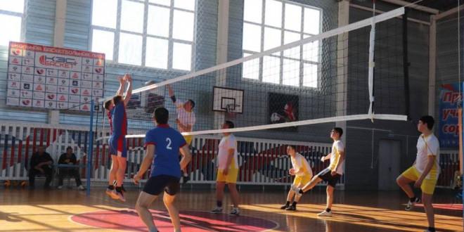 Фоторепортаж. Соревнования по волейболу. С/к «Юбилейный». 31 марта 2018 года