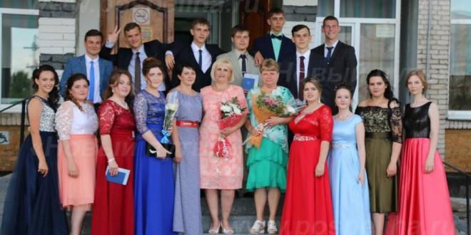 Фоторепортаж. Выпускной вечер в Поспелихинской школе №2. 29 июня 2018 года
