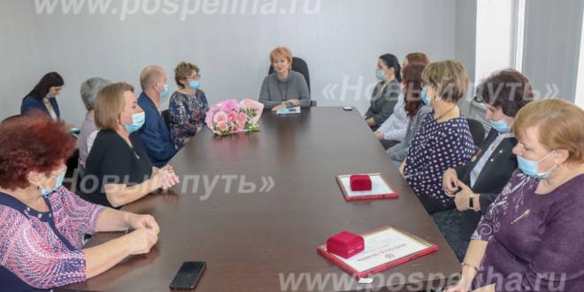 Один день депутата АКЗС Ирины Солнцевой в Поспелихинском районе