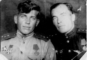 Михаил Поляков( слева)